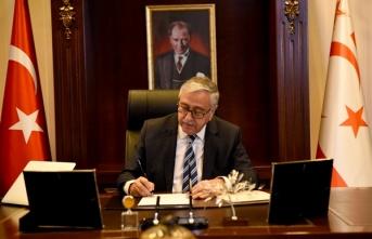 Cumhurbaşkanı Akıncı'dan Azerbaycan'a dayanışma mesajı