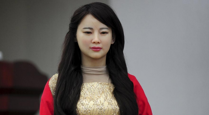 Çin, insansı robot 'Jia Jia'yı tanıttı