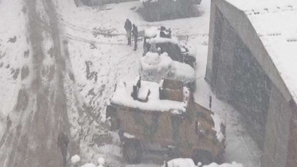 SON DAKİKA!.. Yüksekova'da çatışma çıktı! 3 şehit 9 yaralı