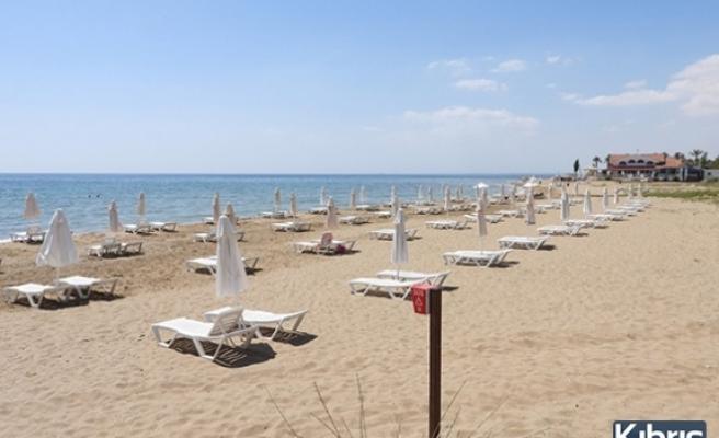 İskele Halk Plajı açıldı