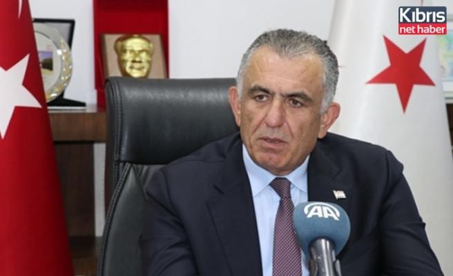 Çavuşoğlu: Salgınla mücadelede önlemlere uygun hareket edilmesi büyük önem taşıyor