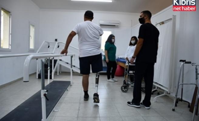 DAÜ sağlık birimleri fakültesi'nden yapay zekalı protez uygulaması