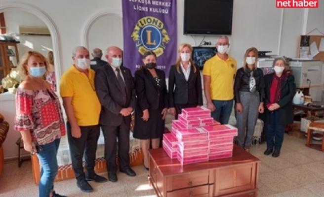 Lefkoşa merkez Lions kulübünden kanser hastalarına bağış