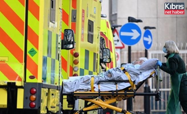 İngiltere'de Covid-19 salgınında en yüksek günlük can kaybı