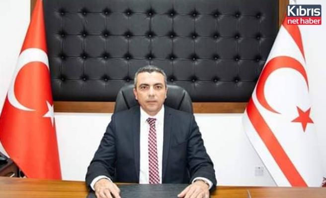 KAMU-İŞ Genel Başkanı ve HÜR-İŞ Genel Başkan vekili Serdaroğlu, Denktaş'ı andı