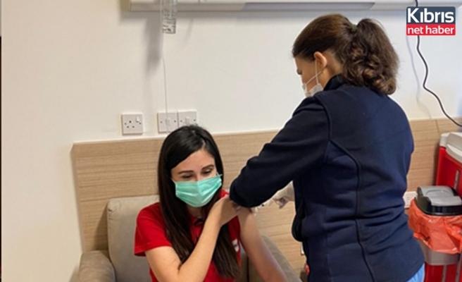 KKTK kan hizmetleri birim ekibi Covid-19 aşısı yaptırdı