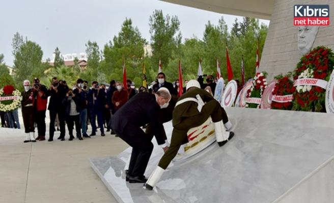 Kurucu Cumhurbaşkanı Denktaş, 9'uncu ölüm yıl dönümünde anıldı