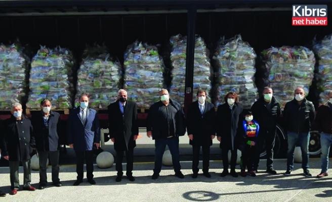 İş insanları Halil ve Hüsnü Falyalı 10 bin gıda yardım paketi bağışladı