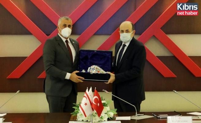 Amcaoğlu, YÖK Başkanı Prof. Dr. Yekta Saraç ile görüştü