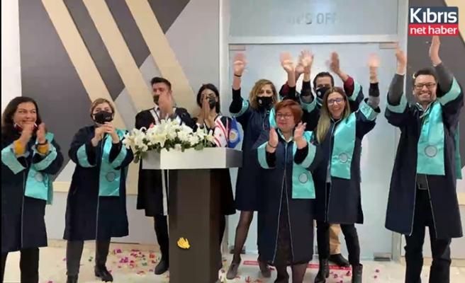 DAÜ Eczacılık Fakültesi 2020-2021 güz mezunları için meslek yemini töreni düzenledi
