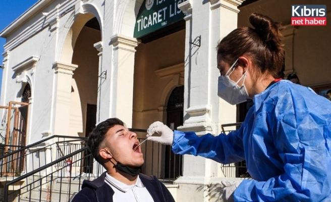 İskele Belediyesi Sağlık Birimi,  öğrencilere antijen testi yaptı