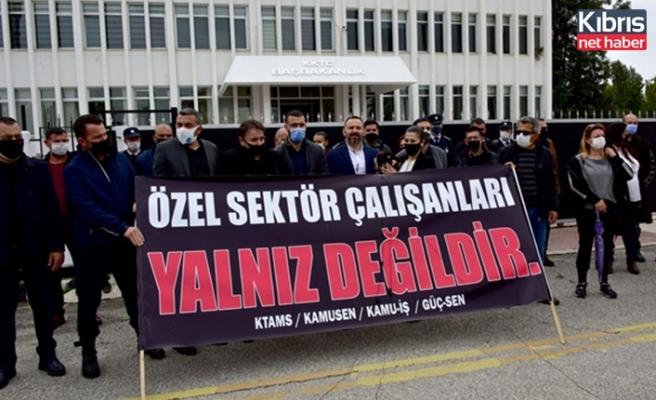 KTAMS, KAMU-SEN, KAMU-İŞ ve GÜÇ SEN özel sektör çalışanlarına destek vermek amacıyla 2 saatlik grev yaptı
