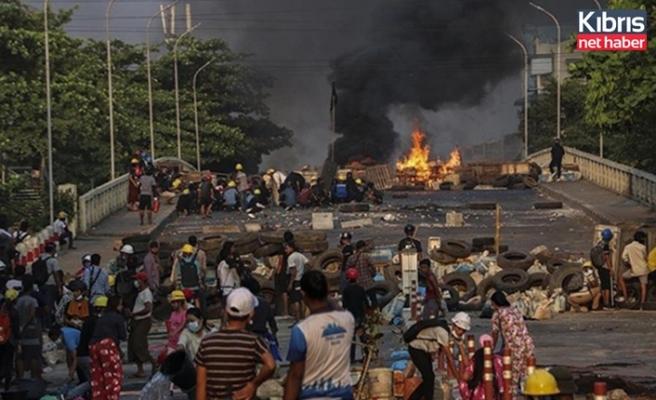 Myanmar'da ölenlerin sayısı 521'e yükseldi