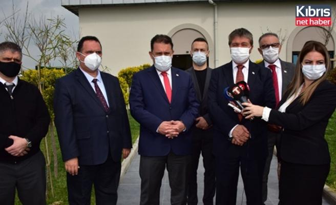 Saner ve Sağlık Bakanı Üstel'den 14 Mart tıp bayramı nedeniyle ziyaretler
