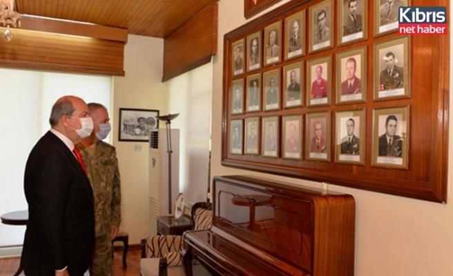 Tatar, Kıbrıs Türk Kuvvetleri alayı'nı ziyaret etti