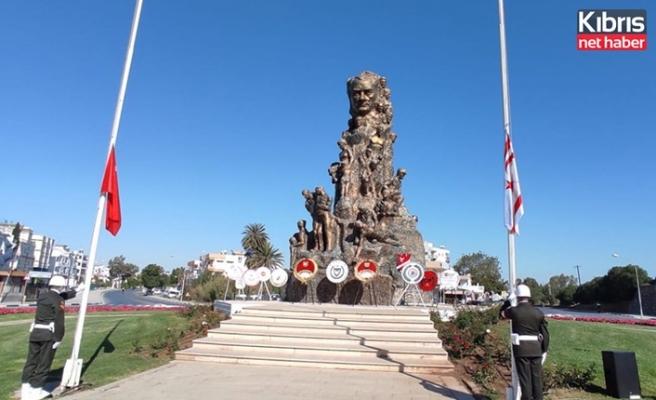 23 Nisan dolayısıyla Gazimağusa Zafer Anıtı'nda tören düzenlendi