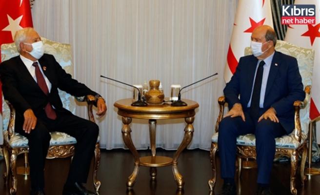 Cumhurbaşkanı Ersin Tatar, TMT Mücahitler Derneği'ni kabul etti