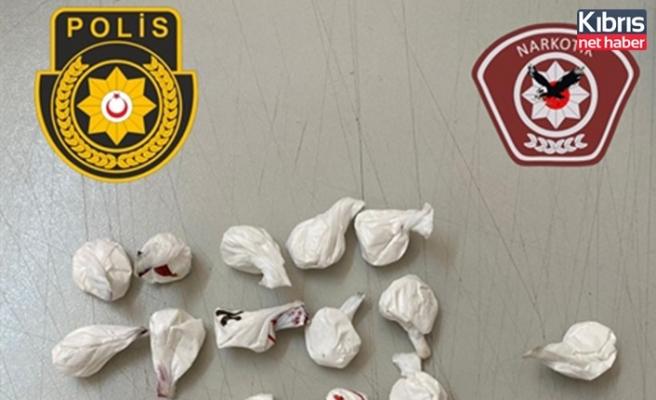 Girne'de 33 adet paket halinde yaklaşık 25 gram ağırlığında kokain bulundu