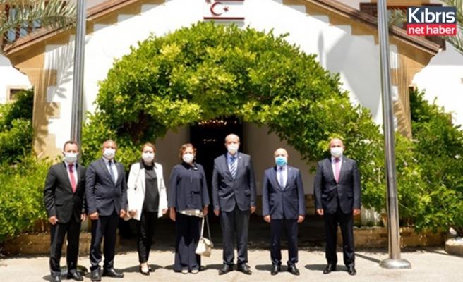 Cumhurbaşkanı Tatar, TBMM Dilekçe Komisyonu Heyetini kabul etti