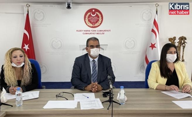 Cumhuriyet Meclisi, idari, kamu ve sağlık işleri komitesi bugün toplandı