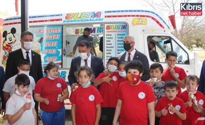 Başbakan Saner, Gazimağusa Özel Eğitim Merkezi'ni ziyaret etti