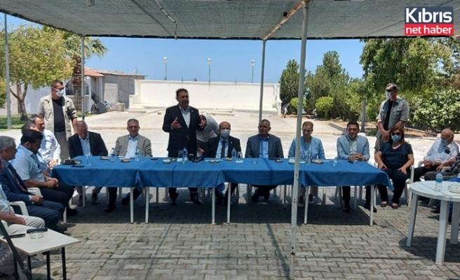 Cumhurbaşkanı Tatar ile Başbakan Saner, Tatlısu'da halka hitap etti