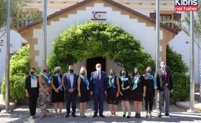 Tatar, Alsancak Mare e Monte yardım derneği üyelerini kabul etti