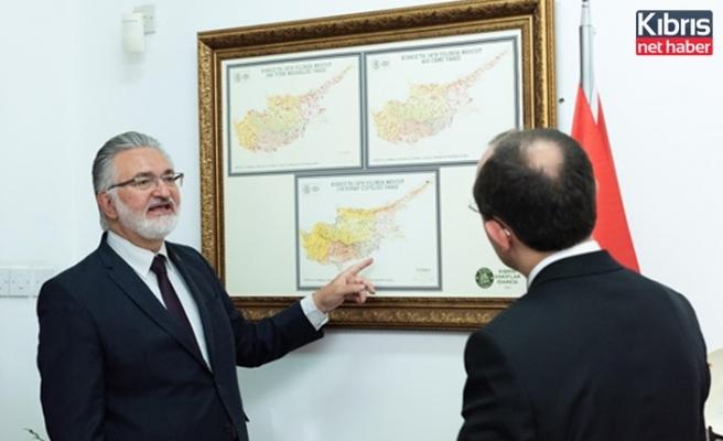 Tc Ticaret Bakanı Muş, Kıbrıs Vakıflar İdaresi Genel Müdürü İbrahim Benter'i ziyaret etti