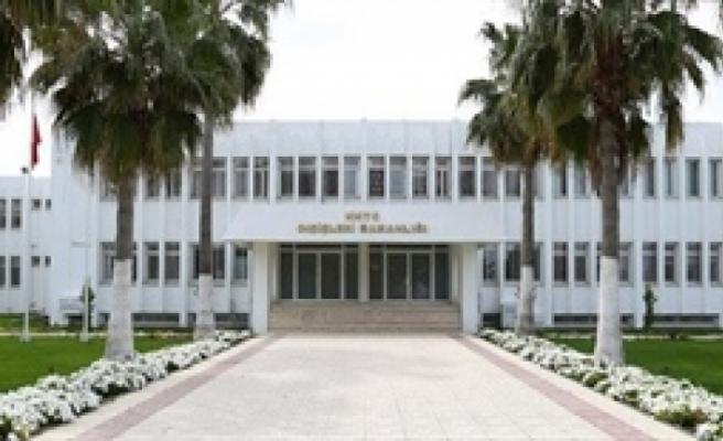 Dışişleri Bakanlığı, İngiliz egemen üsler bölgesi yönetiminin tutumunu kınadı