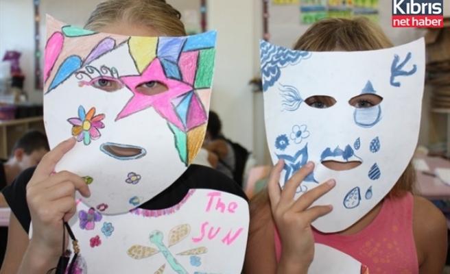 GAÜ uluslararası yaz okulları devam ediyor