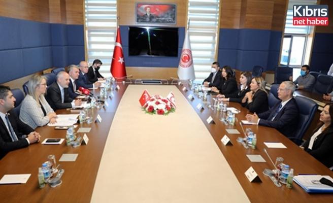 Meclis Hukuk, Siyasi İşler, Dış İlişkiler Komitesi Ankara'da temaslarda bulunuyor
