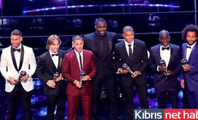 Bakın en iyi futbolcu kim seçildi?