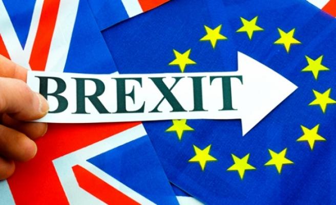 Brexit ertelendi