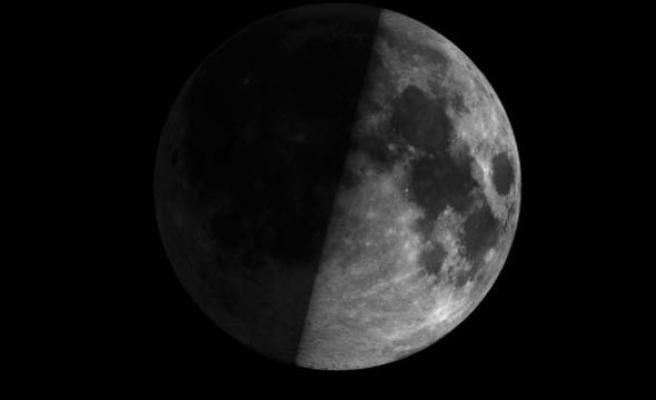 Çinliler Ay'ın karanlık yüzüne indi! Dünyanın gözü orada...