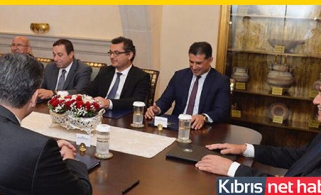 Cumhurbaşkanı Akıncı hükümet ortaklarıyla görüşüyor
