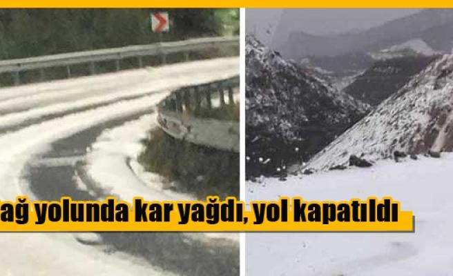 Dağ yolunda kar yağdı, yol kapatıldı
