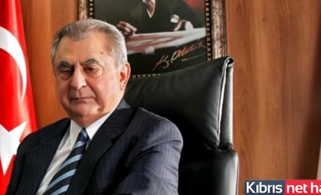 Eski Başbakanlardan Küçük Güney Kıbrıs'ta Hastaneye Yatırıldı
