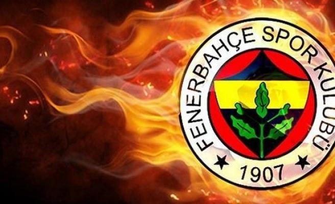 Fenerbahçe'ye Van der Wiel'den kötü haber!