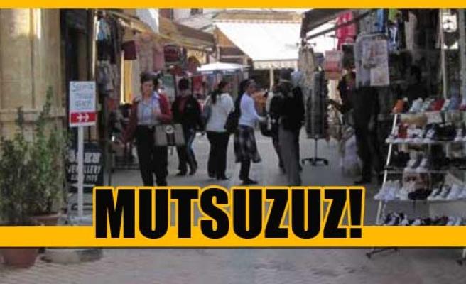 Güney Kıbrıs, Kuzey'den daha mutlu