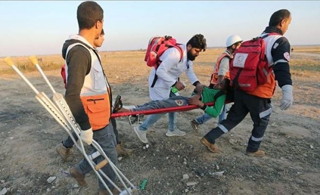 İsrail Askerleri Gazze Sınırında 60 Filistinliyi Yaraladı