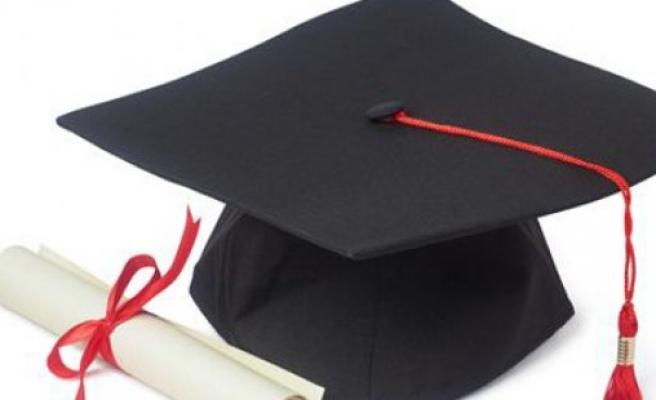 Kıbrıs'ta  okumuş on binlerce kişinin diploması iptal edildi!
