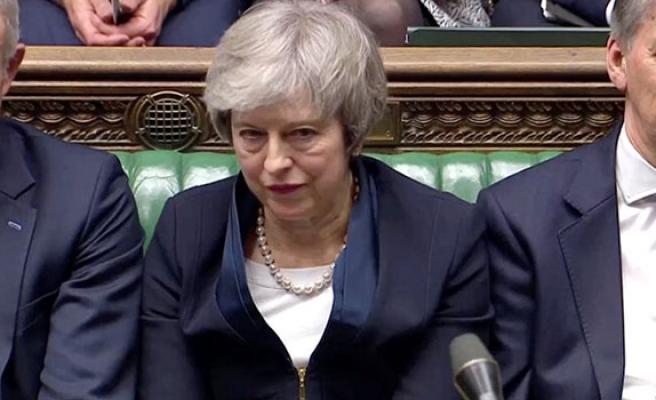 May, Brexit oylaması için parlamentodan zaman istedi