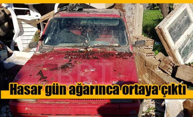 Yenierenköy'deki hortum maddi hasara yol açtı