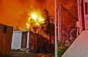 Samos Adası'ndaki mülteci kampında yangın