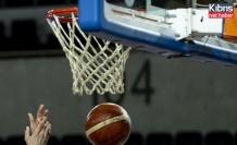 Anadolu Efes-Frutti Extra Bursaspor maçı, koronavirüs vakaları nedeniyle ertelendi