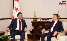 Başbakan Saner, Oktay ile bir araya geldi