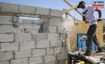 Filistinli aileye evini kendi elleriyle yıktırdılar
