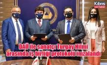DAÜ ile sanatçı Turgay Hilmi arasında iş birliği protokolü imzalandı