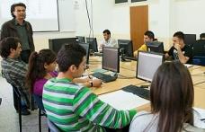 DAÜ BTYO bilişim sistemleri ve teknolojileri türkçe lisans programı akredite oldu