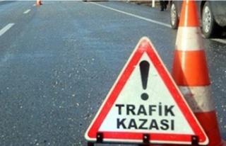 Girne-Lefkoşa Anayolu'nda kaza! 3'ü ağır...